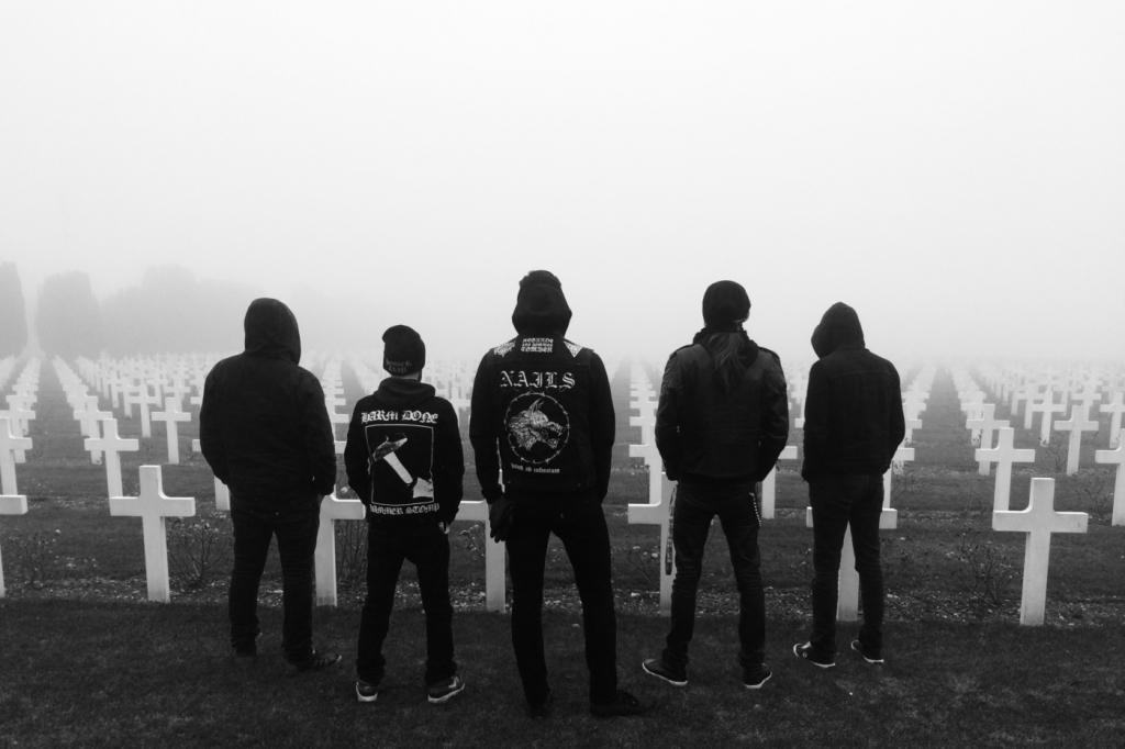 Black Metal : Regarde Les hommes Tomber rejoint le programme 360 de Trempo